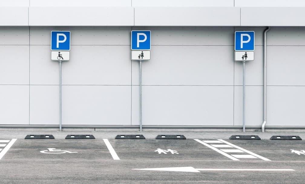 parking lot restriping looks