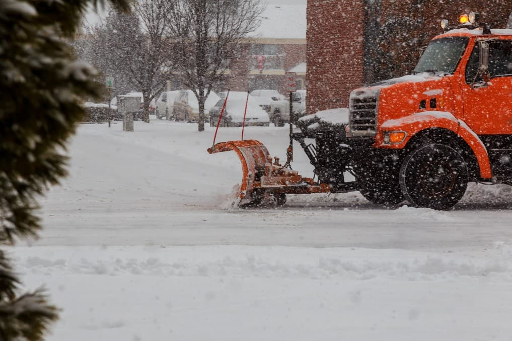 snow removal services in bethesda md 1